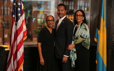T. Michelle White, Hon. Jacqueline Collins and Consul Fountain
